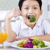 A geração que pode viver menos que os pais porque não sabe comer.