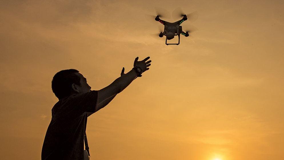 Projeto que regulamenta uso de drones