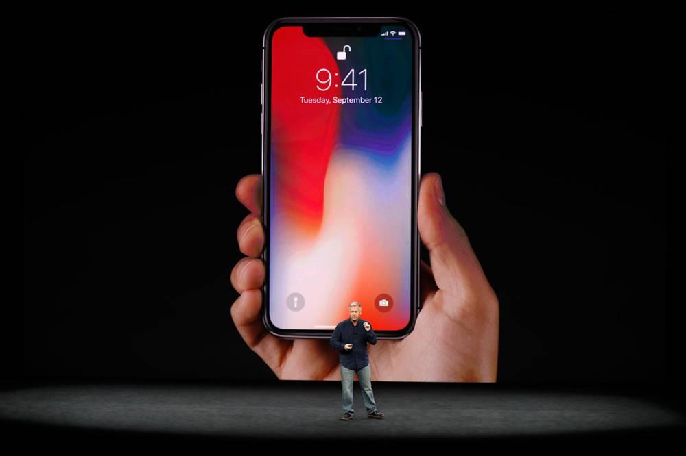 Pouco interesse por iPhone X que chegou ao Brasil