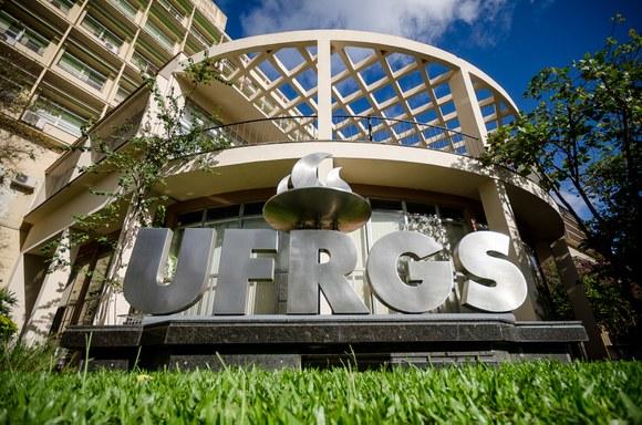 UFRGS divulga a lista de leituras obrigatórias para o próximo vestibular