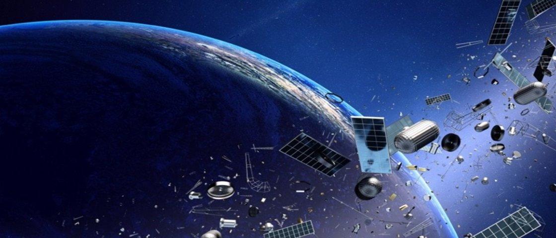 """NASA está preocupada com o congestionamento de """"entulho"""" espacial"""