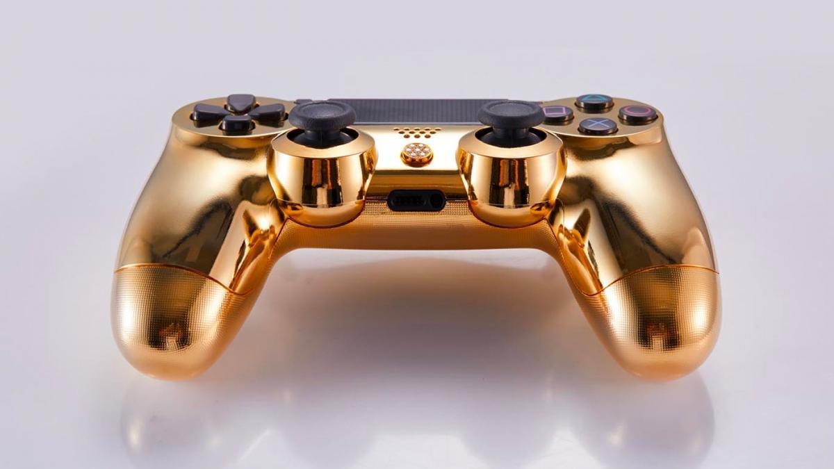 "Dualshock 4 para a PlayStation 4 cheio de ""bling-bling"""