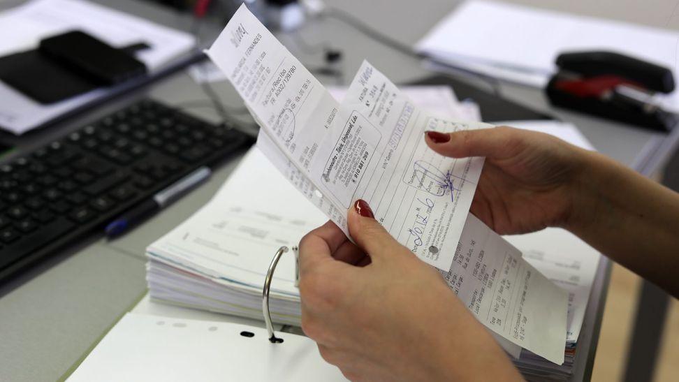 Faturas em papel deixam de ser obrigatórias em janeiro. QR Code chegam em 2020
