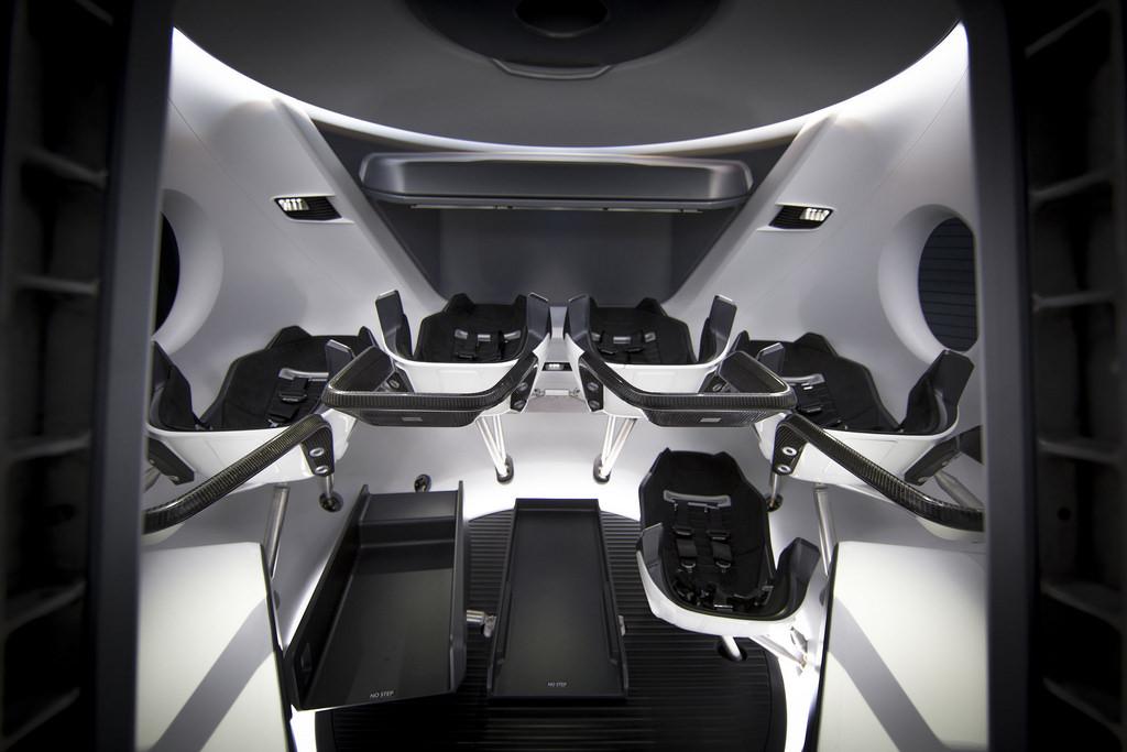 A cápsula da SpaceX para transportar humanos para o espaço está pronta