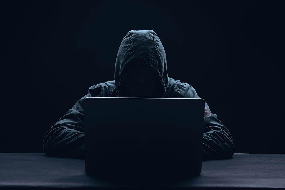 """Hackers utilizam contas """"adormecidas"""" do Twitter para propaganda terrorista"""