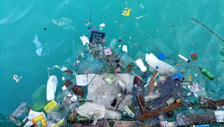 Chuva de plástico nos Estados Unidos: fibras microscópicas caem do céu